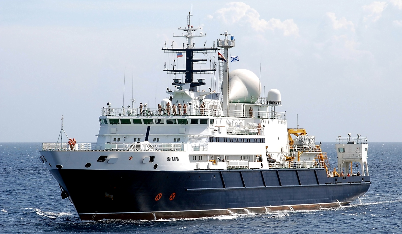 Oceanographic research vessel «Yantar» is back in service